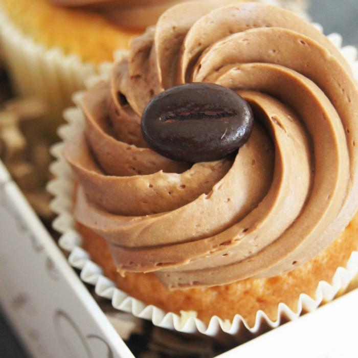 dpat_cupcake-topping-creme-au-chocolat